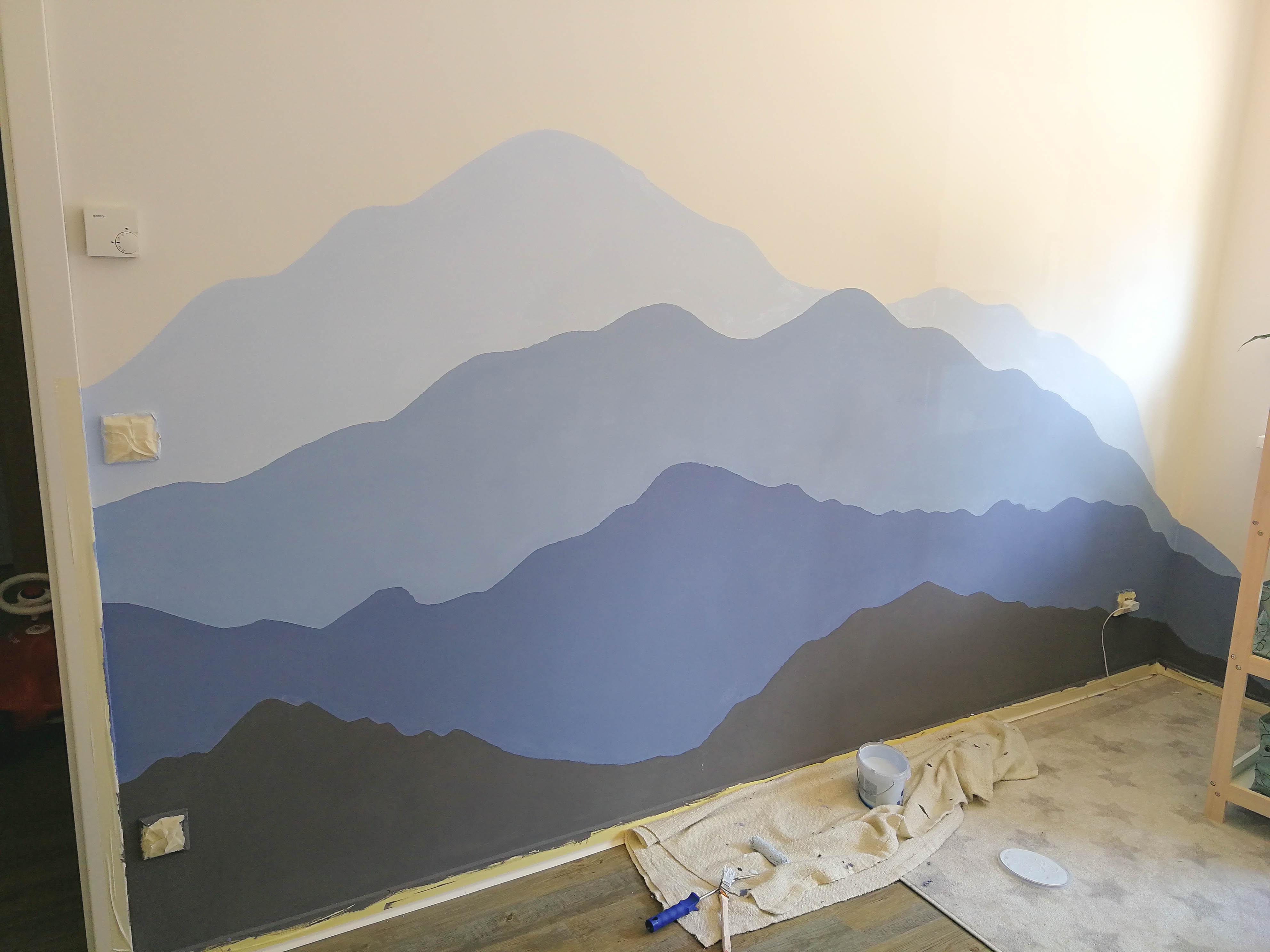 Kinderzimmer Berglandschaft malen